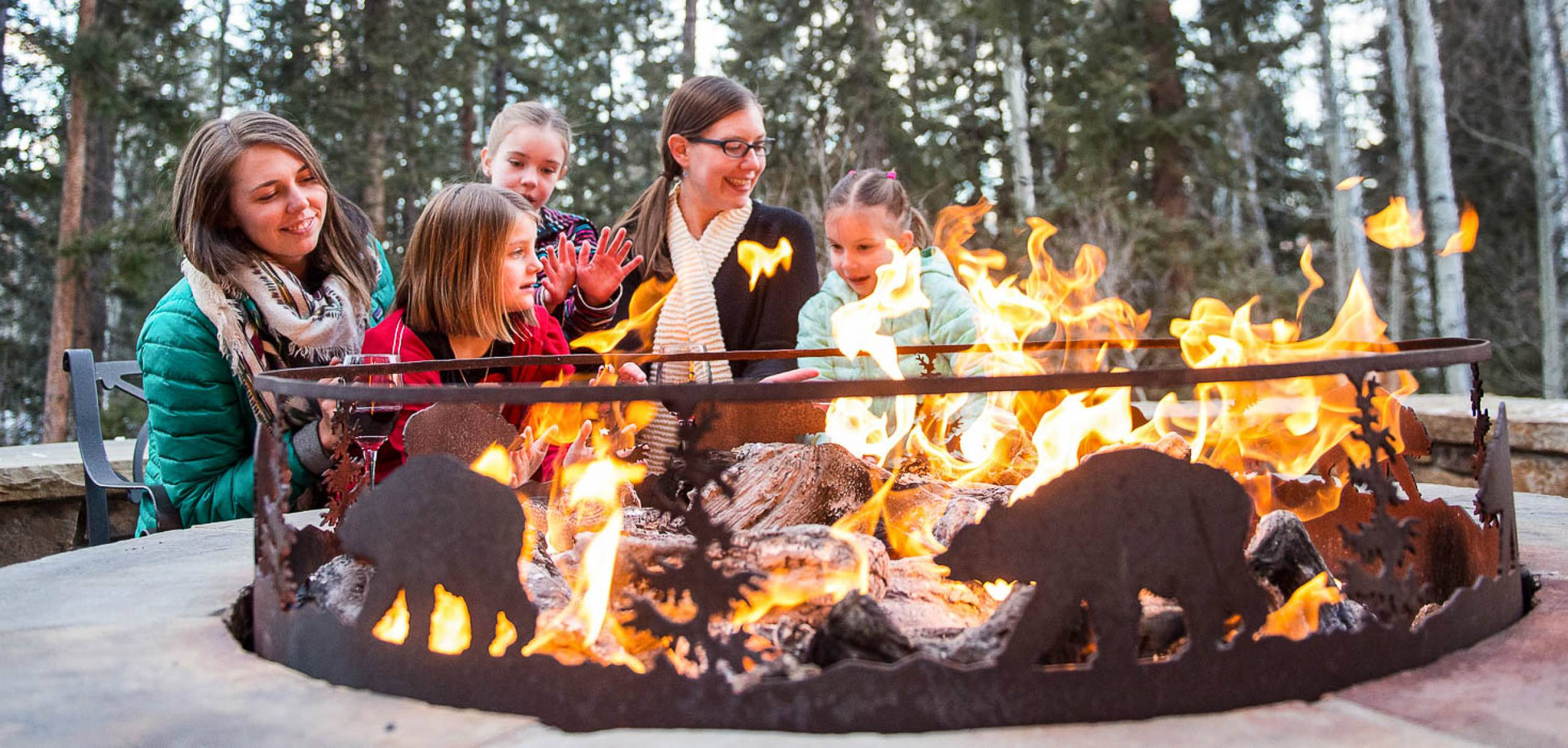 Bear Creek Lodge Telluride Fire Pit Gathering